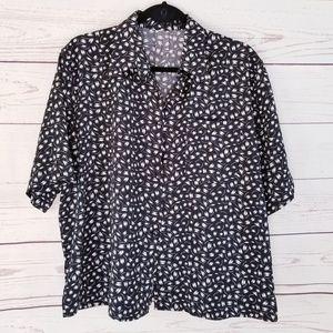 🎈Final Sale🎈 Vintage Black & White Short Sleeve
